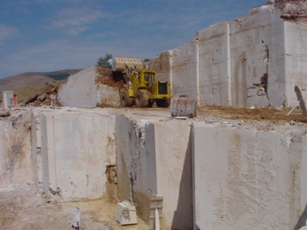 travertine stone quarry
