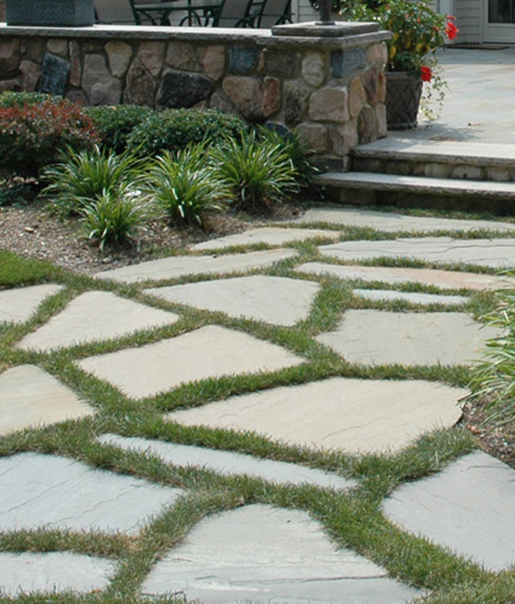 Irregular Bluestone Patio Pavers Amp Flagging Sandy Neck Stone